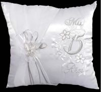 """""""Mis Quince Anos"""" Quinceanera Embroidered White Pillow 2Pc ..."""