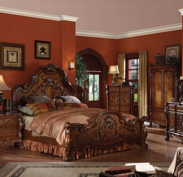 Formal Traditional Queen King Antique style Dresden