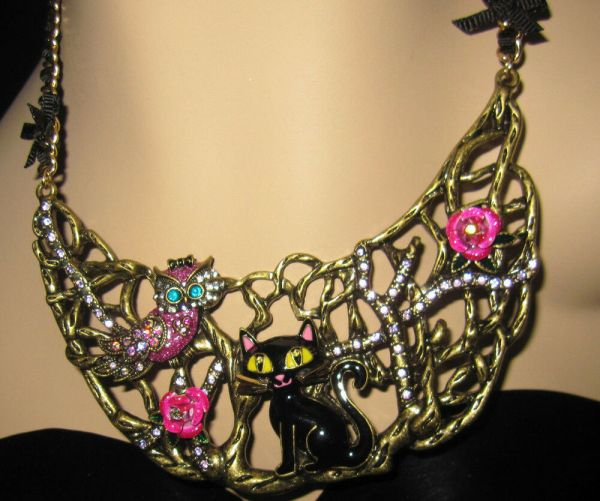 """Betsey Johnson """"enchanted Forest"""" Cat And Owl Bib Necklace"""