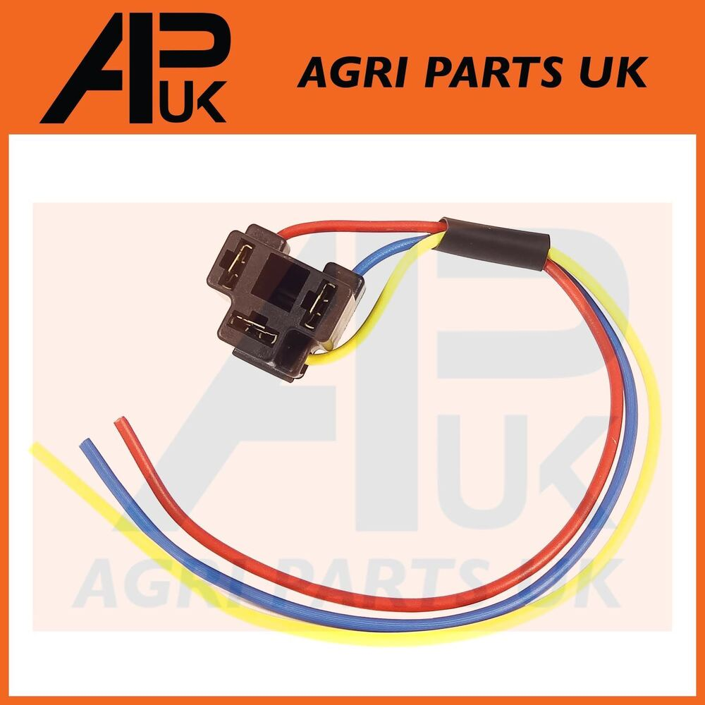 hight resolution of details about massey ferguson 135 etc tractor headlight headlamp wiring plug socket wire 3 pin