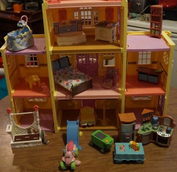 Fisher Loving Family Twin Time Grand Mansion Dollhouse With Furniture