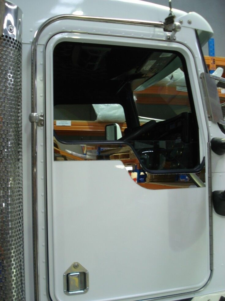 Riveted S S Under Window Trims To Suit Kenworth Daylight