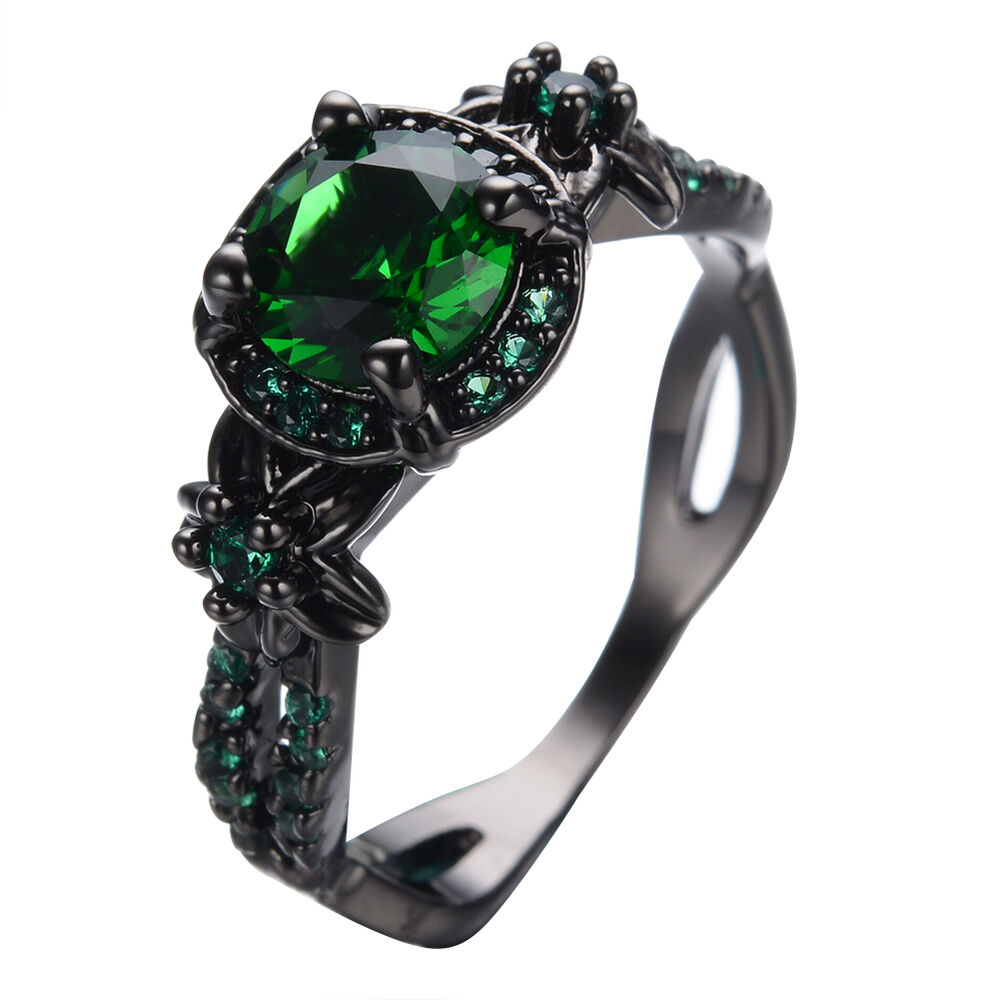 Vintage Round Green Emerald Wedding Band Ring 10KT Black
