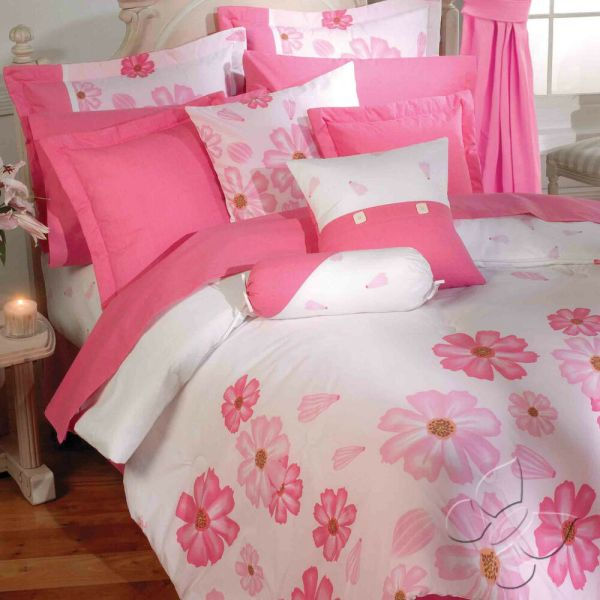 Bedding Sets with Pink Flowers