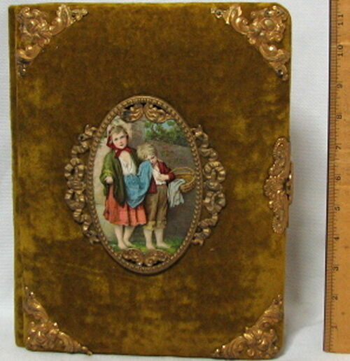 ANTIQUE VICTORIAN PHOTO ALBUM CRUSHED VELVET COVER With