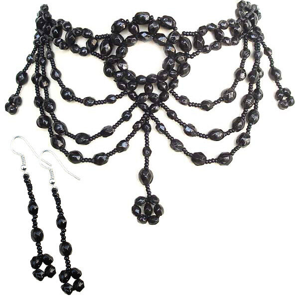 BLACK GLASS BEADED VICTORIAN NECKLACE EARRINGS SET 39/17