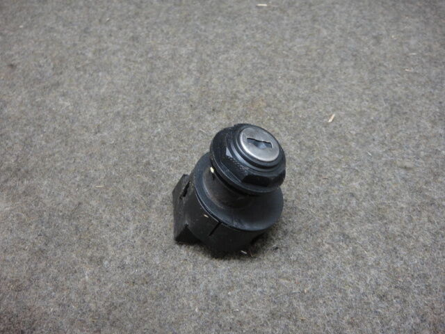 00 2000 POLARIS SPORTSMAN 500 IGNITION SWITCH, NO KEY #42