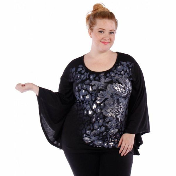 Womens Size Black Top With Loose Flowing Sleeves Yummy