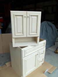 Cream Maple Bathroom Vanity Cabinet 30x21 and Wall Cabinet