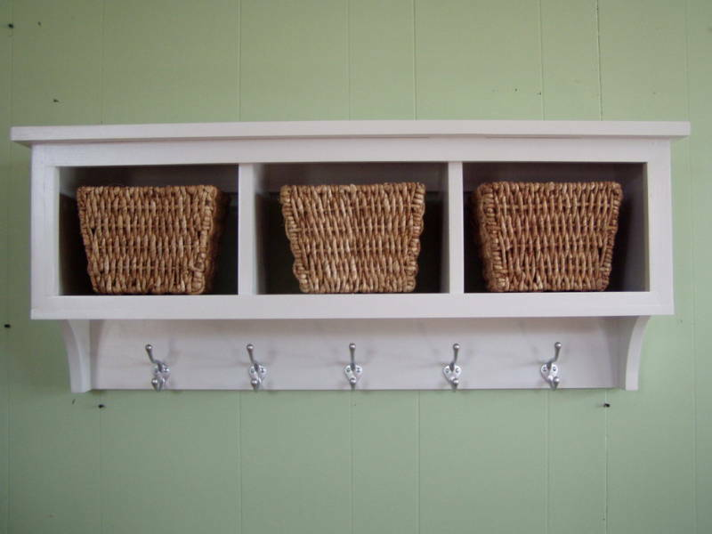 WOOD CUBBY WALL SHELF WITH 3 CUBBIES COAT RACK WALL