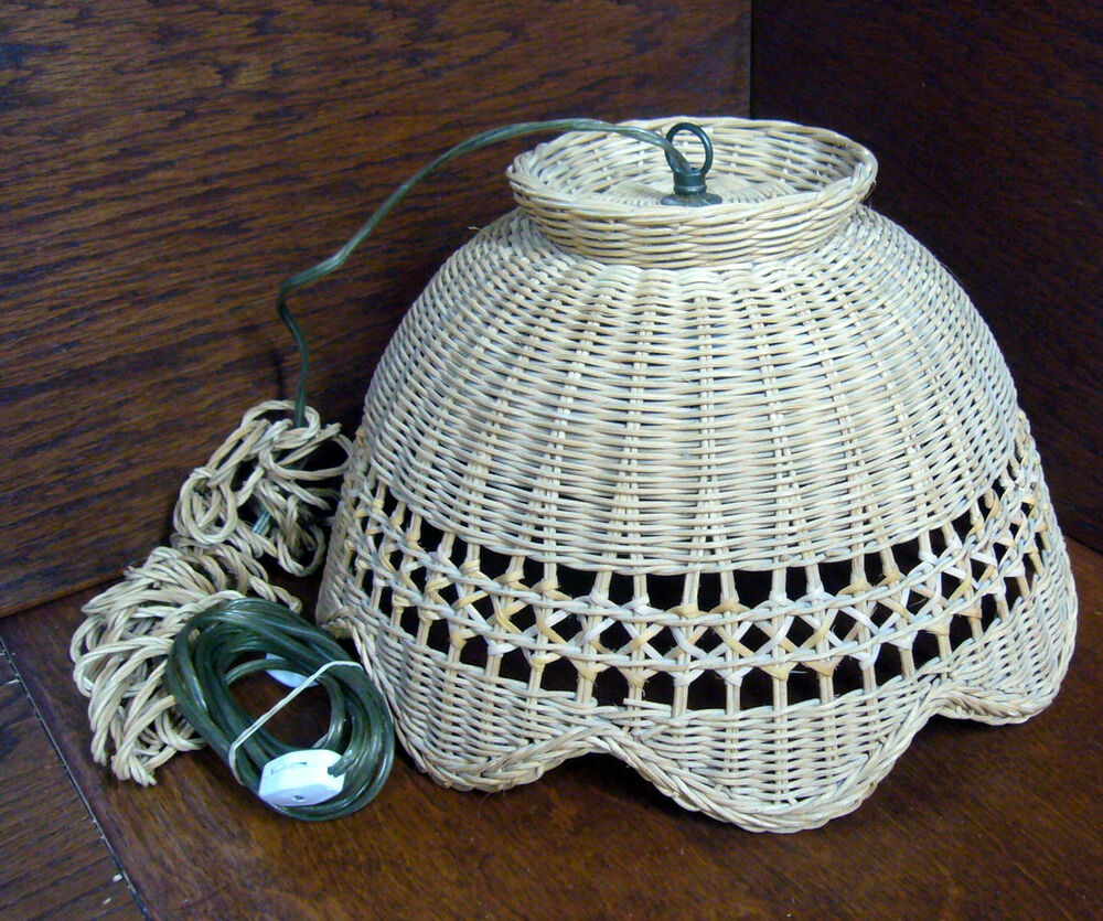 Vintage Wicker Hanging Swag Lamp Light Fixture Scalloped