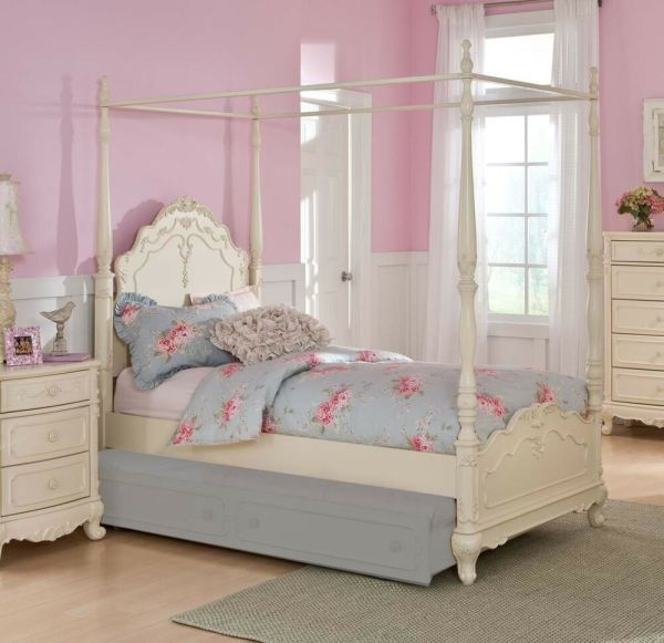Dreamy White Finish Full Girls Poster Canopy Bed Bedroom Furniture