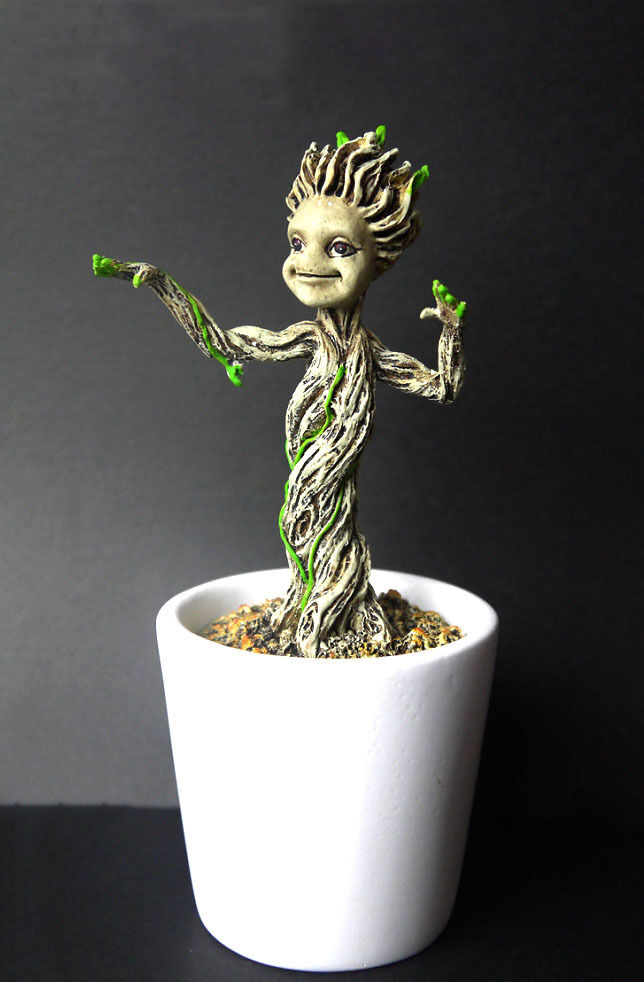 Marvel Guardians Of The Galaxy Baby Groot Statue Figure