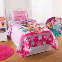 Paw Patrol Puppy Girls Nick Jr. Twin Comforter & Sheets (4