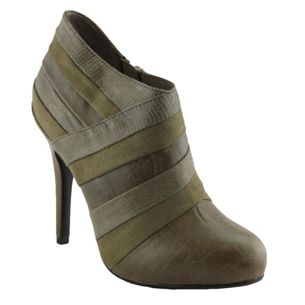 Isabella Brown Cadette Womens Ladies Shoes Boots Heels