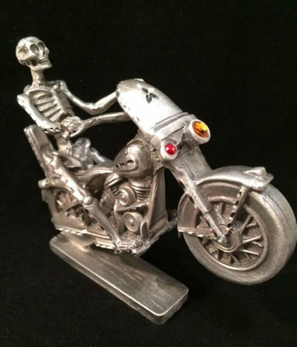 Spoontiques Pewter Motorcycle With Skeleton Rider Crystals