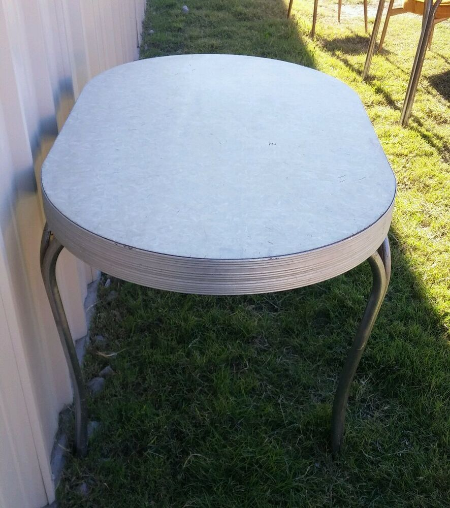 VINTAGE CHROME WHITE CRACKED ICE GRAY TOP FORMICA RETRO DINING KITCHEN TABLE EBay