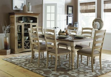 Country Dining Table Sets
