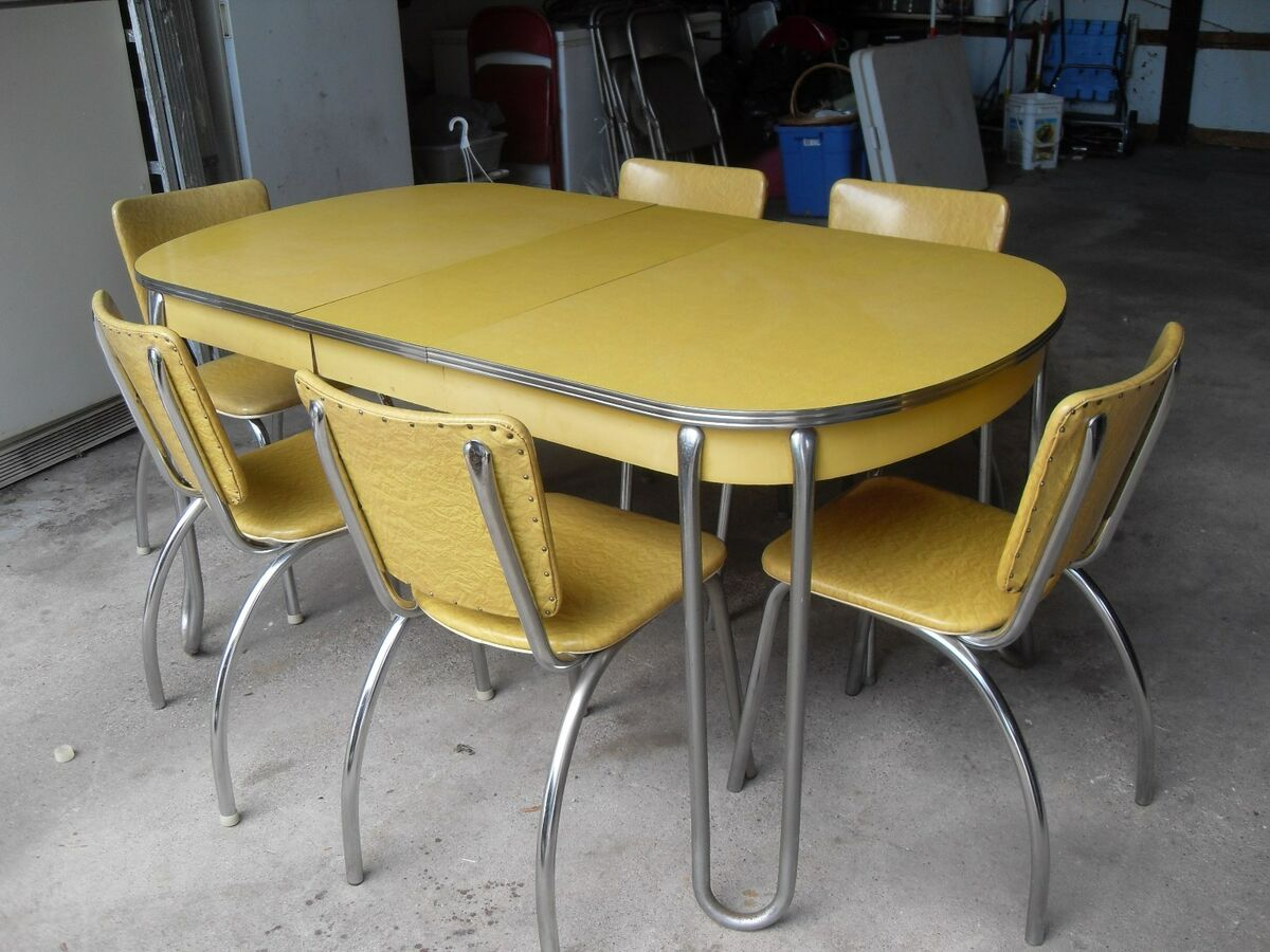 Formica Table And Chairs Vintage Retro Yellow Formica Chrome Kitchen Table 6 Chairs