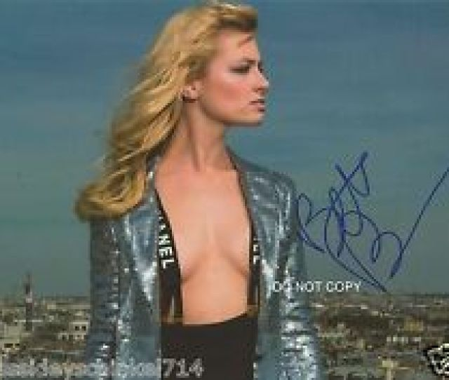 Beth Behrs From 2 Broke Girls Tv Show 8x10 Reprint Sexy Signed Photo Rp
