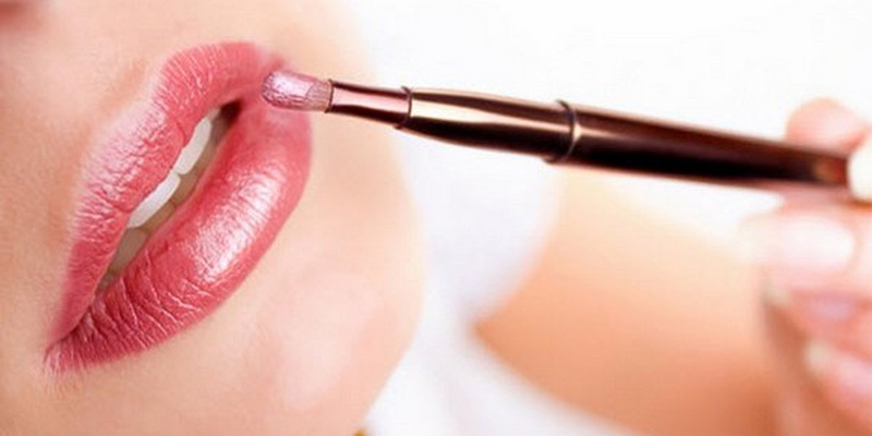 Image result for how to make lips looks bigger
