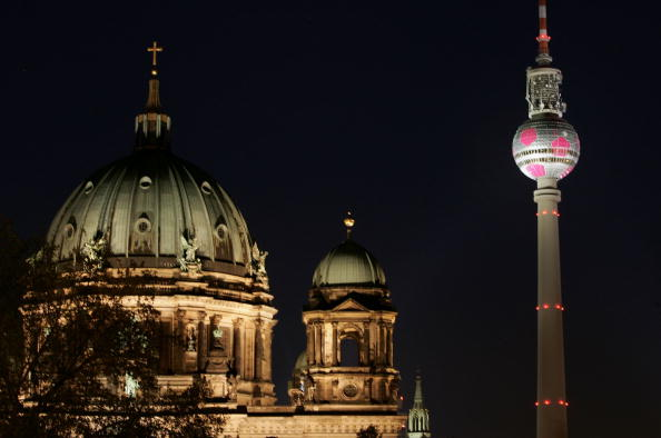 組圖:電視塔上的足球 | 世界杯 | 柏林 | 大紀元