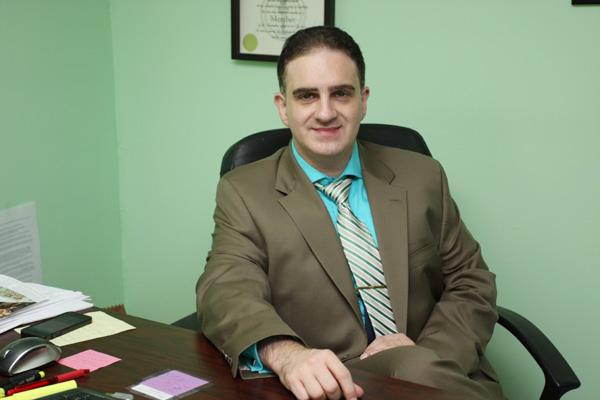 更專業 更細心 更懂政治庇護   律師樓   紐約移民律師   大紀元