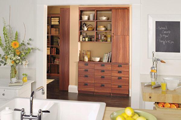 kitchen pantry cabinets freestanding chris and cart 收拾厨房的六大窍门 california closets 加州壁柜 大纪元 李明洋