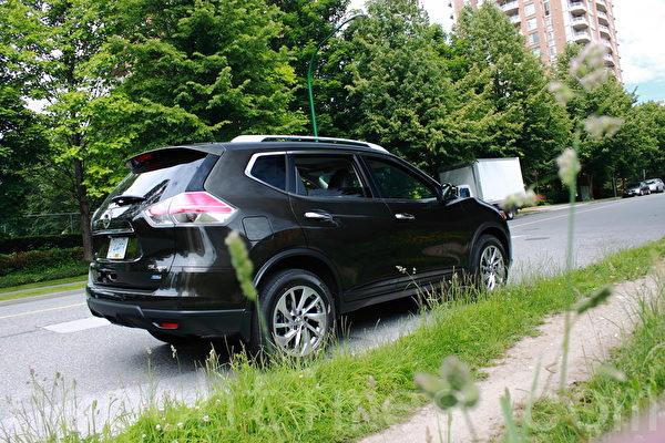 車評: 車有十八變 2014 Nissan Rogue | 汽車測試 | 大紀元