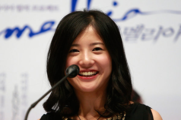 吉高由里子受歡迎 首搭嵐主持《紅白》 | 紅白歌唱大賽 | 花子與安妮 | 大紀元