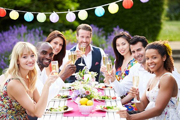 【用餐】世界各國用餐禮儀 – 生活空間站