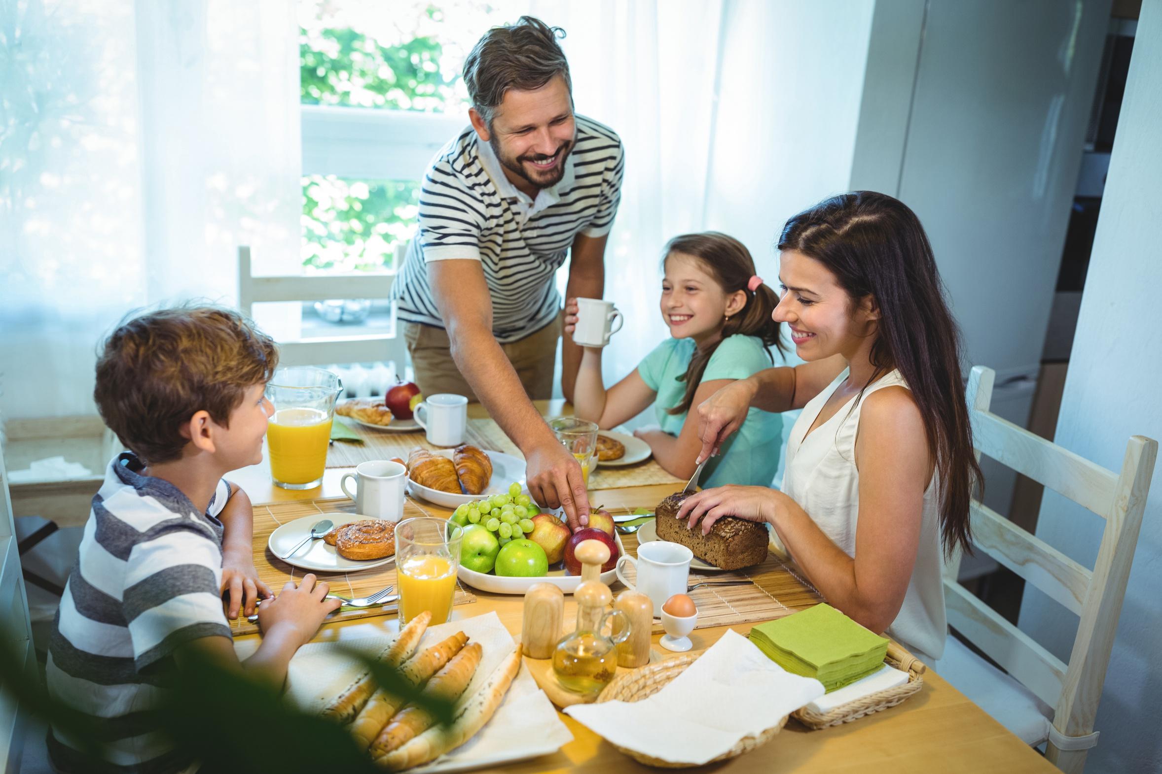 早餐對學齡兒童很重要 聽聽專家怎麼說 | 健康 | 成績 | 大紀元