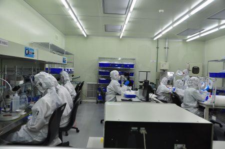 奈米醫材自主研發人工水晶體 帶動眼球商機   大紀元