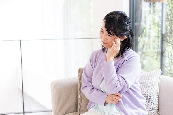 丈夫離世後的悲痛 「遺產清算」怎麼算? | 加州華人律師 | 灣區律師事務所 | 遺產分配 | 大紀元