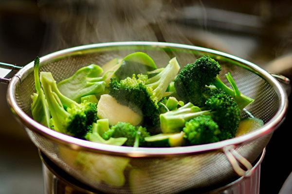 防疫吃白、綠花椰菜 強化人體的「第一道防線」 | 中共肺炎 | 免疫力 | 呼吸道 | 大紀元
