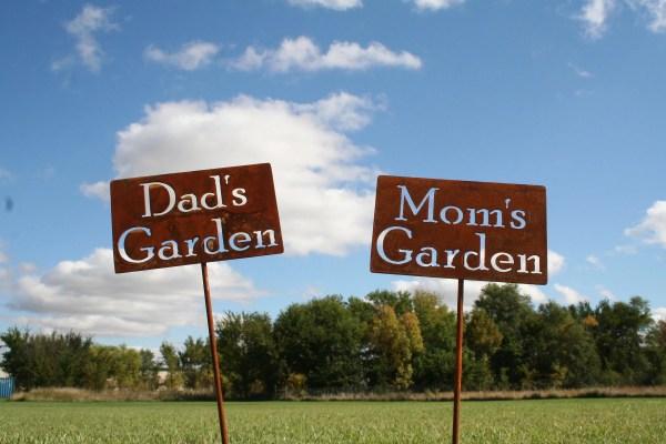 Custom Garden Stake Marker Gardener Mom'