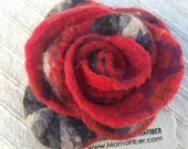 Flamenco Flower Pin in Re...