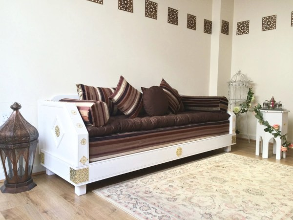 Luxurious Moroccan Couch 3 Seater Sofa Bench Daybed