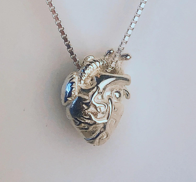collier coeur anatomique en argent, sculpté 3D, cadeau pour les médecins, cadeau pour infirmières, cadeau pour professionnels de la santé