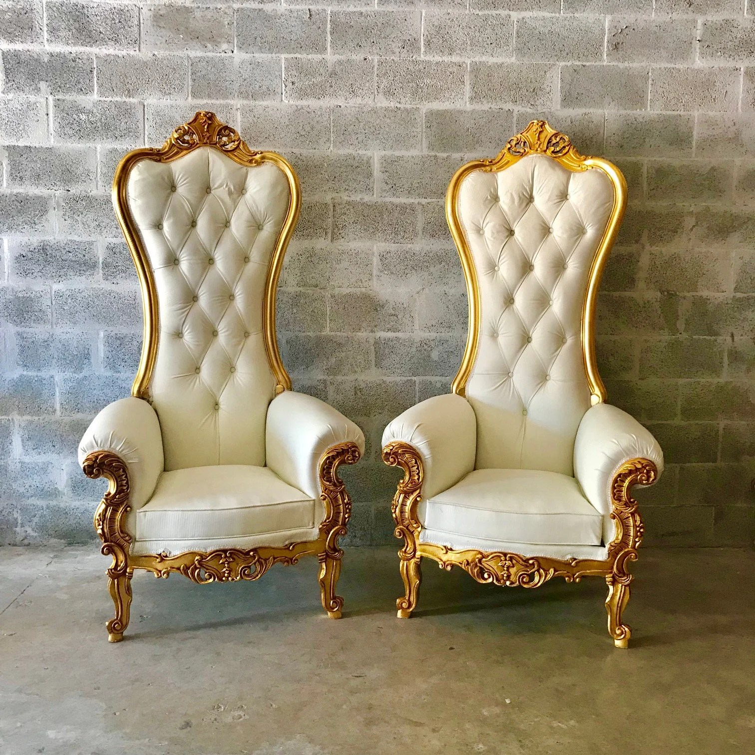 kings chair for sale steel visitors price throne etsy white leather 8 available french tufted gold rococo interior design