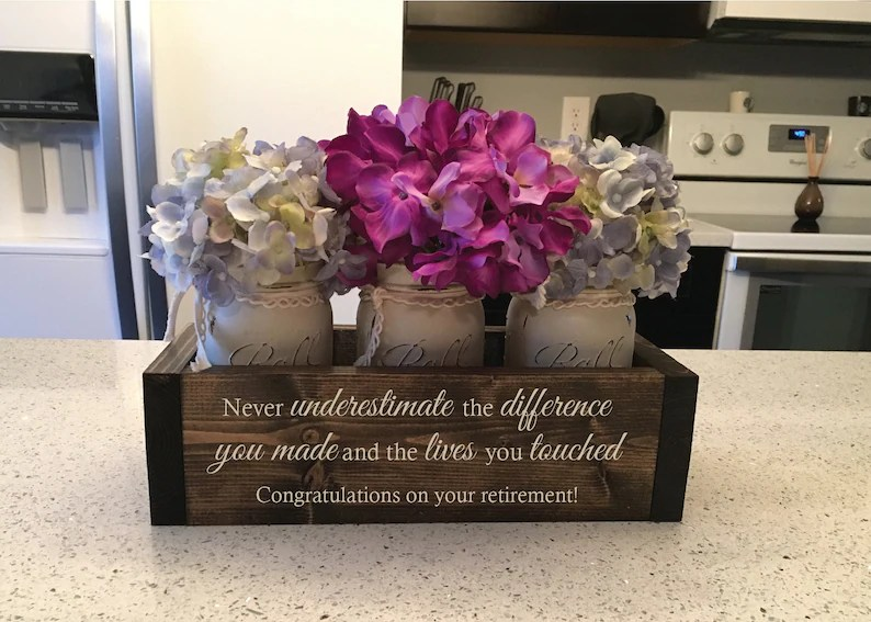 custom retirement gifts appreciation