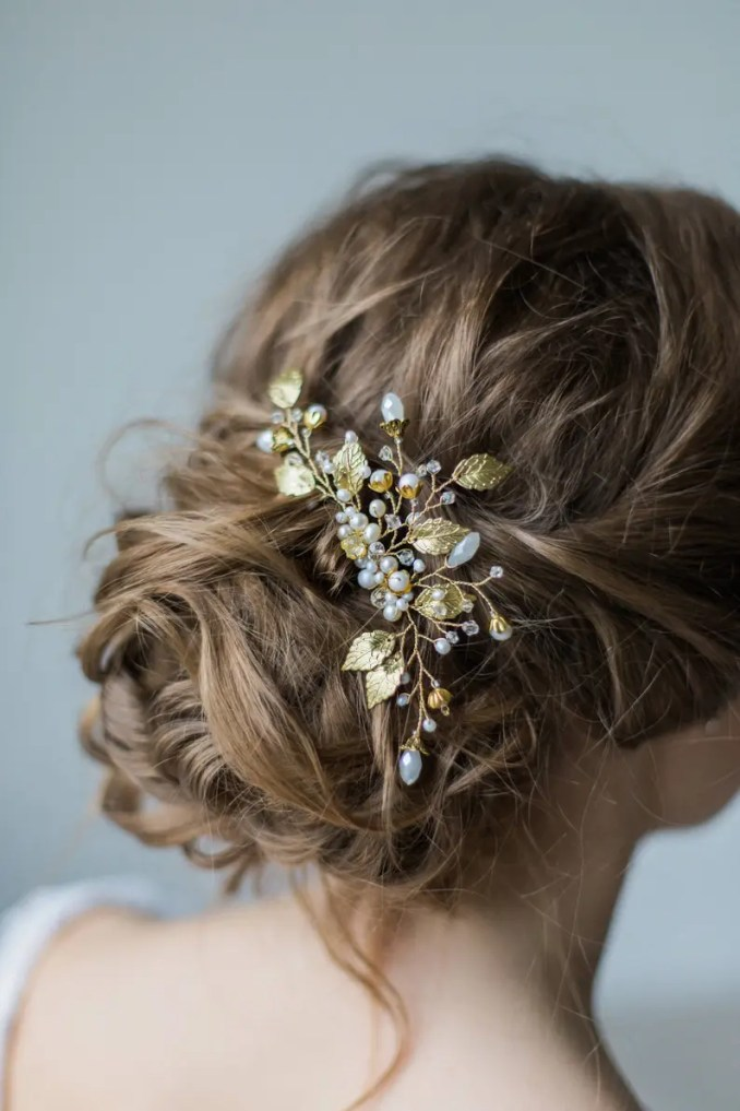 bridal hair comb pearl , hair comb with flowers , headpiece for bride hair comb wedding headpiece bride bridal hair comb with gold leaves