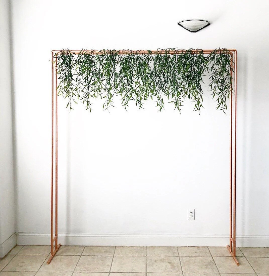 wedding backdrop copper stand