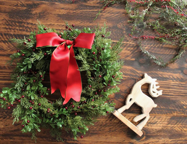 Decorating Christmas Wreaths Ideas