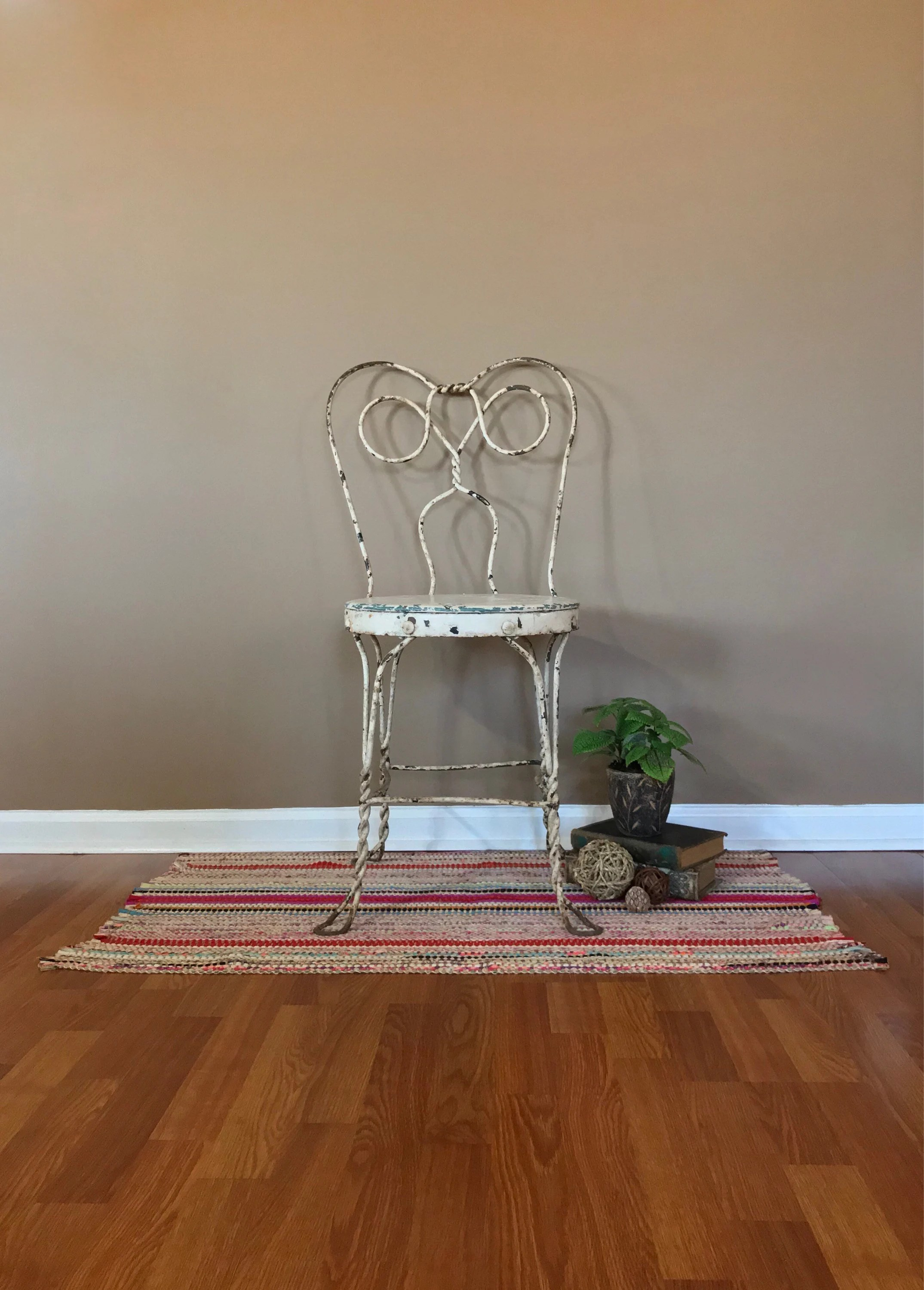 Antique Accent Chairs Vintage Ice Cream Parlor Chair Metal Accent Chair Antique Chair Outdoor Accent Chair Accent Chair Painted Chair