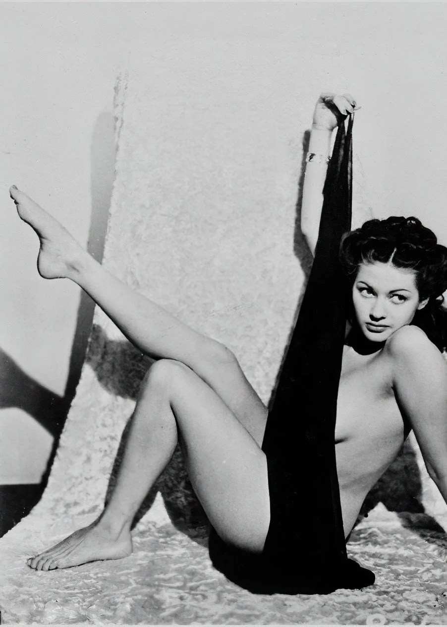 Yvonne De Carlo Nude Pictures : yvonne, carlo, pictures, Yvonne, Carlo, 1940's, Bombshell, Black