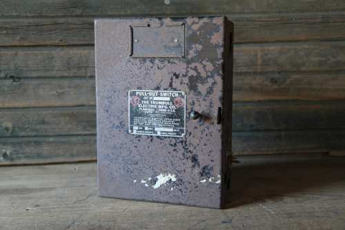 small resolution of trumbull electric fuse box etsyold black fuse box 7