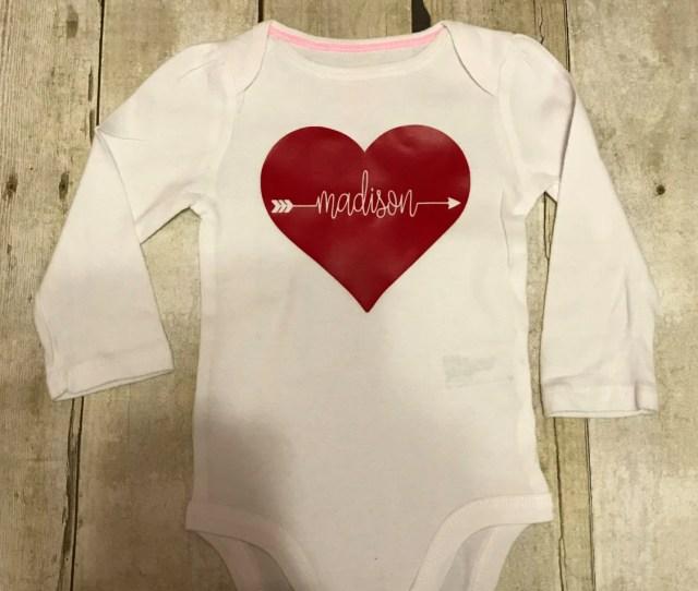 Valentines Bodysuit Baby Girls Valentines Outfit Heart Bodysuit Personalized Valentines Bodysuit First Valentines Day Onesie