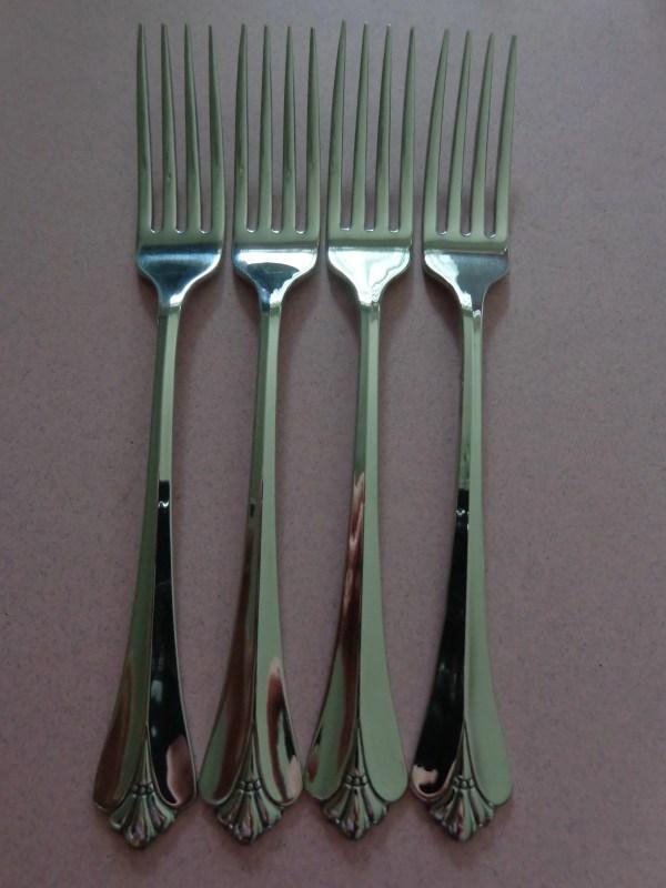 Oneida Royal Flute Stainless Flatware 4 Dinner Forks