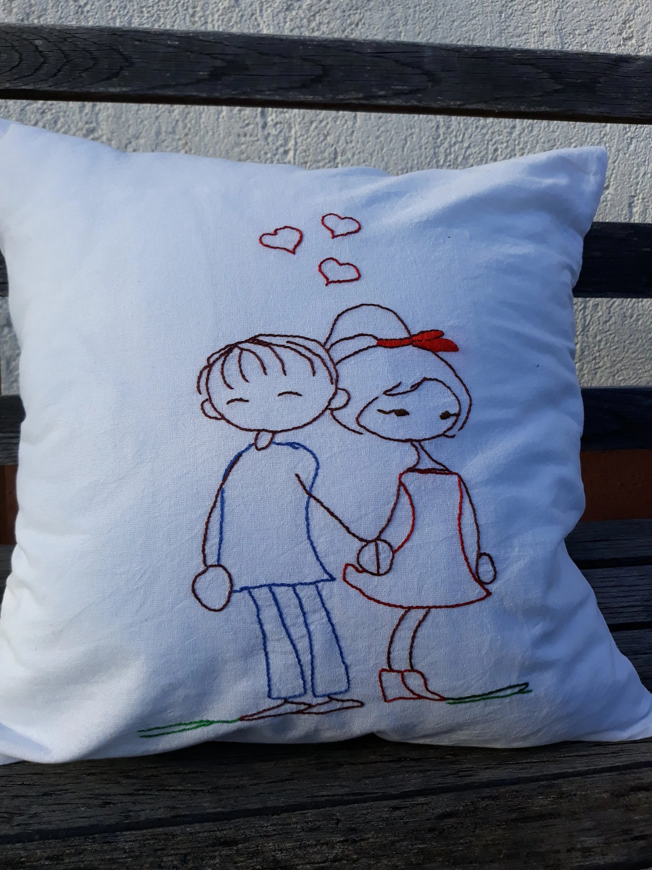 hand embroidery pillow case